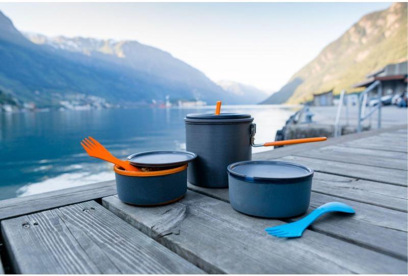 camping pot and pans