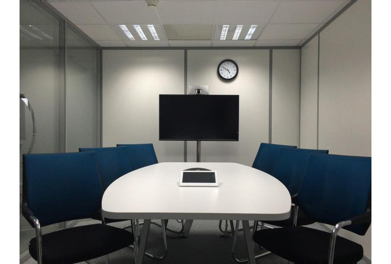 5 Reasons Why Your Company Needs to Embrace Video Conferencing Now