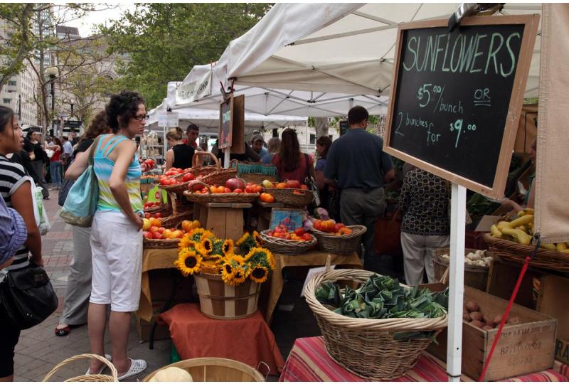 10 Reasons Buying Local is Great for You and the Planet