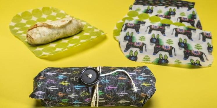 So long, sandwich baggies. How to make your own reusable beeswax wraps